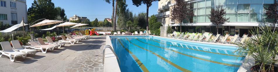 Hotel 3 stelle con piscina rimini tuffati nella vacanza a rimini marina centro hotel lotus - Hotel con piscina a rimini ...